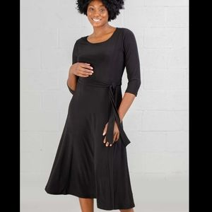 NWT Nina Leonard black dress